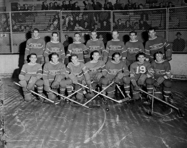 File:756px-Montreal Canadiens hockey team, October 1942.jpg