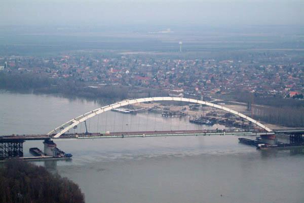 File:Dunaújváros.jpg