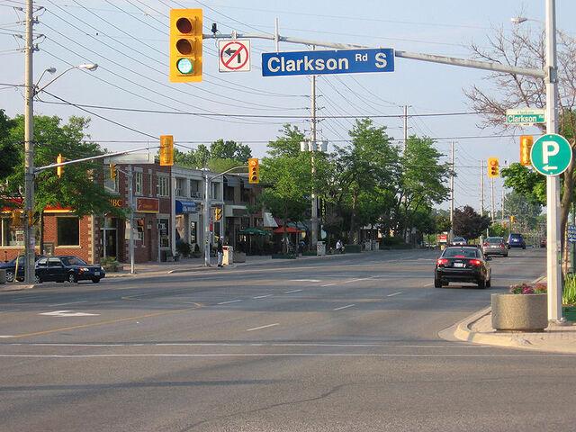 File:Clarkson, Mississauga.jpg