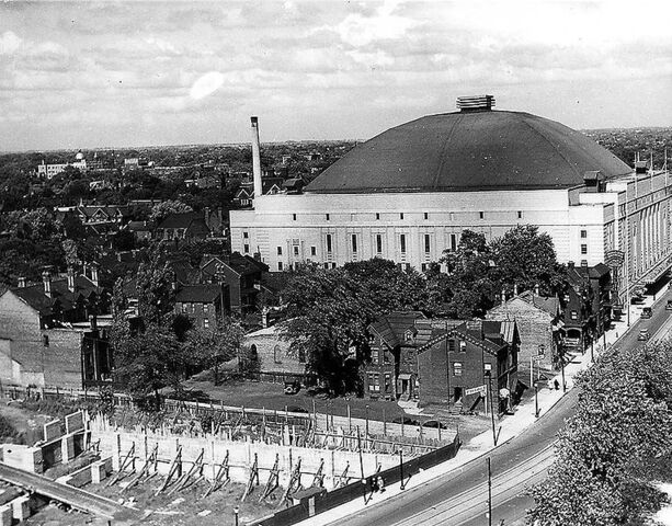 File:MapleLeafGardens1934.jpg