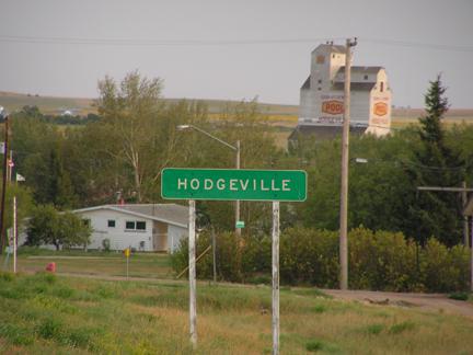 File:Hodgeville, Saskatchewan.jpg