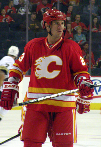 File:Scott Hannan Flames.png