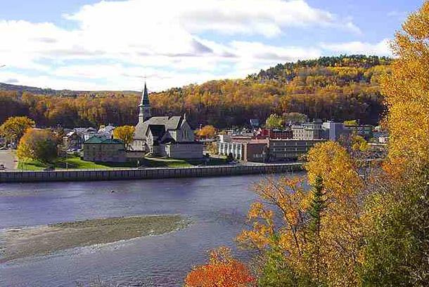 File:La Malbaie, Quebec.jpg