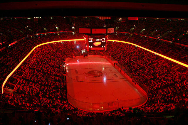 File:Scotiabank Place 1.jpg