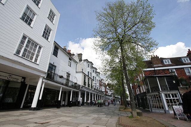 File:Royal Tunbridge Wells.jpg