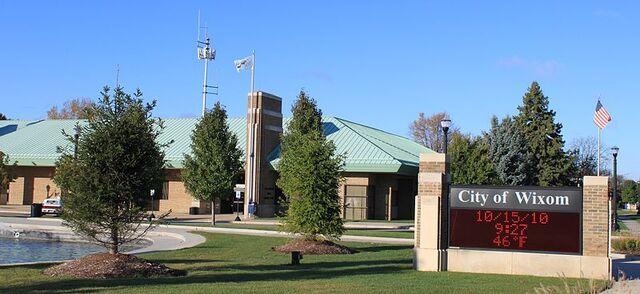 File:Wixom, Michigan.jpg