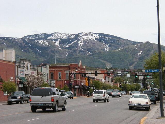 File:Steamboat Springs, Colorado.jpg