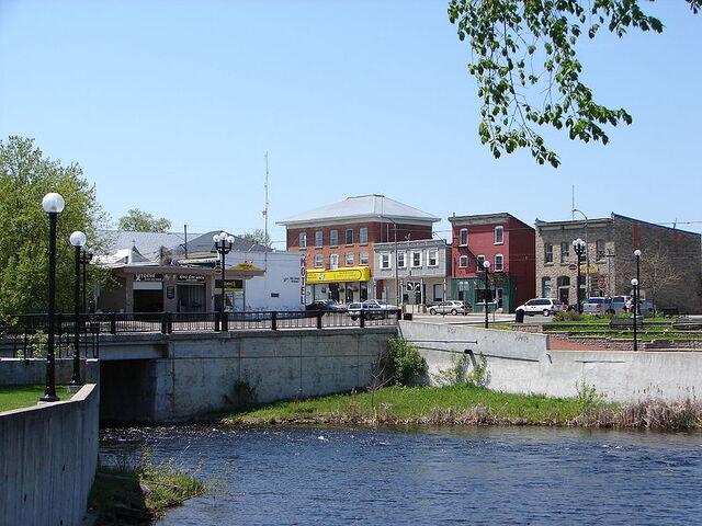 File:Kemptville, Ontario.jpg