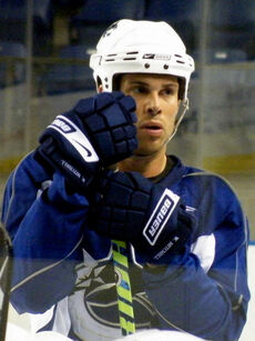 Willie Mitchell Canucks practice