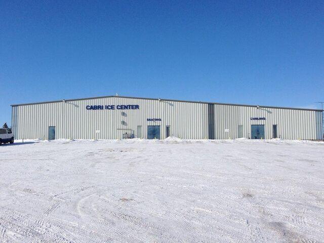 File:Cabri Ice Centre.jpg