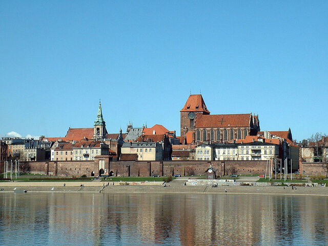 File:Toruń.jpg