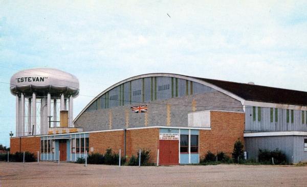 File:Estevan Civic Auditorium.jpg
