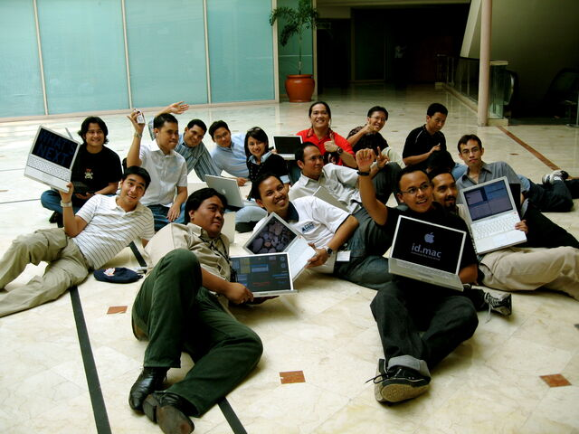Berkas:Gathering16.jpg