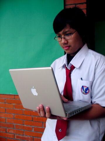 Berkas:Sekolah.jpg