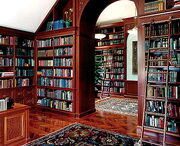 Home-library-for-large-room