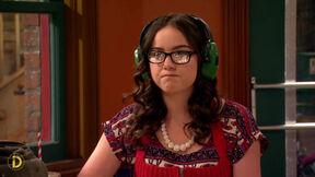 Delia's glasses break; Elementary