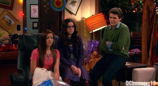 File:Jasmine, Garrett, and Delia.jpg
