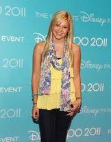 Olivia Disney 2011