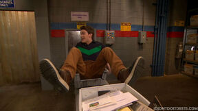 I-didnt-do-it-dear-high-school-self-trespassing-post-office-9