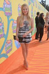 Olivia-holt-at-2014-nickelodeon-s-kids-choice-awards-in-los-angeles 1