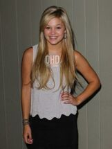 Olivia holt 2012 photo shoot picture 11 cute pose