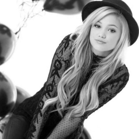 File:Olivia Holt Wearing a Black Hat.jpeg