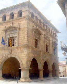 l'Ajuntament d'Arnes