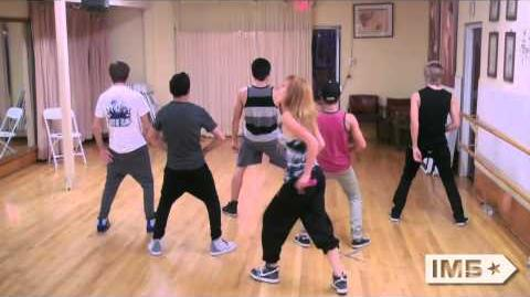 "IM5 & Bella Thorne Rehearse ""Can't Stay Away"""