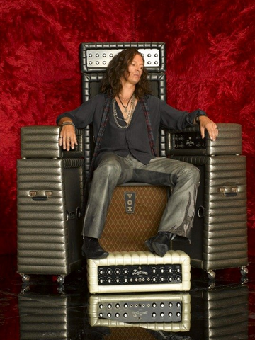 File:ThePrinceOfTheAmps.png