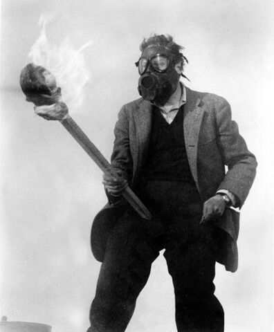 File:Morgan in Gasmask.jpg