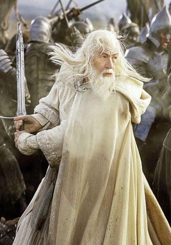 File:Gandalf the White Blaack Gate 1.jpg