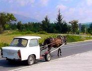 Horse-drawn-car1