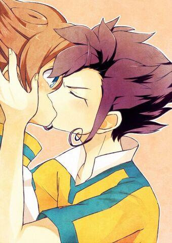 File:Shut up and kiss me Tenma.jpg