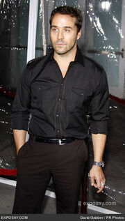 Jeremy-piven-american-gangster-industry-screening-arrivals-0fmrac-1-
