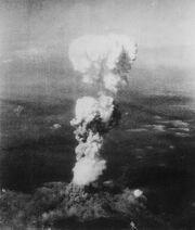 509px-Atomic cloud over Hiroshima-1-