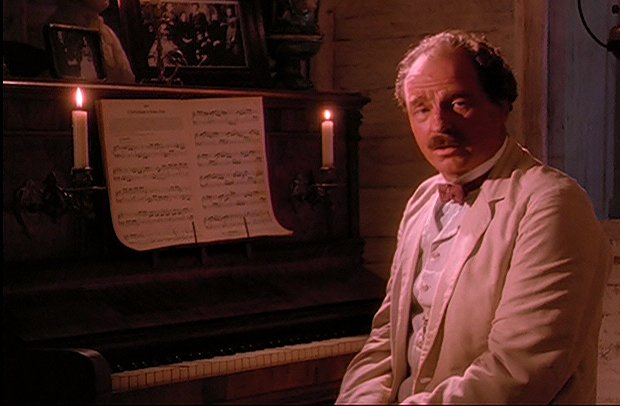 ファイル:Schweitzer piano.jpg