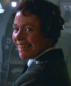 ファイル:Female officer.jpg