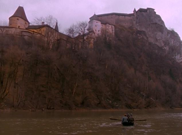 File:Dusterstadt.jpg