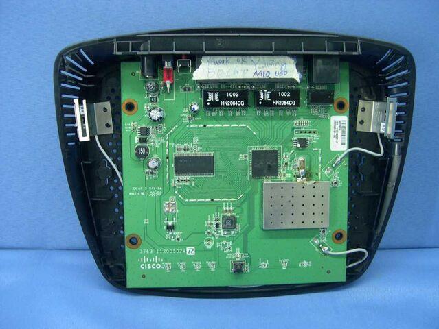 File:Cisco Valet (M10) v2.0 FCCd switch.jpg