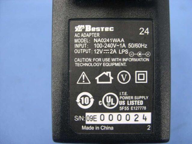File:Linksys E3000 v1.0 FCCo.jpg