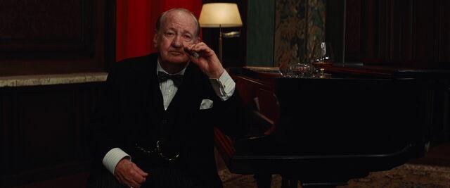 File:Winston Churchill.jpg