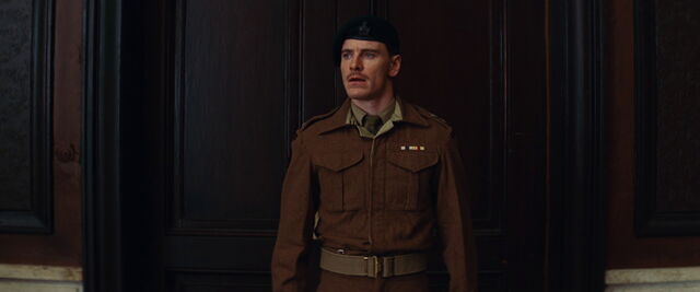 File:Lt Archie Hicox looks in the briefing room.jpg
