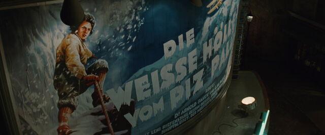 File:The white hell of Piz Palu Le Gamaar poster.jpg
