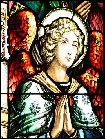 File:Angel-stainedglass.jpg