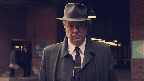 File:Detective Inspector Fred Thursday.jpg