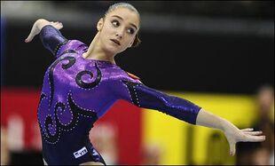 Aliya-Mustafina-Russian-Gymnast- 8