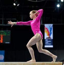 Rebecca-bross-and-2010-womens-world-gymnastics-team-gallery