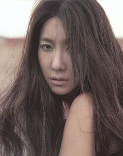 Lee-Ji-Ah-8