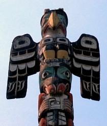 File:Thunderbird on Totem Pole.jpg