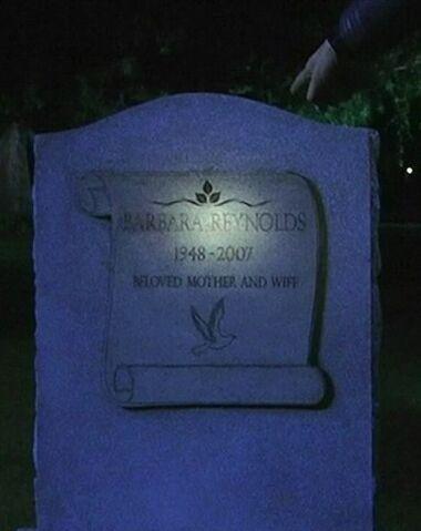 File:Barbara's Grave.jpg